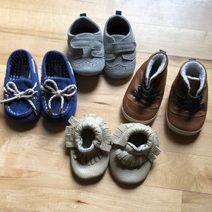 Lot of baby shoes